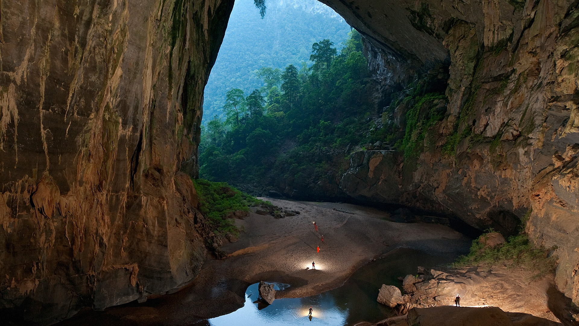 son doong cave 8767