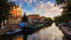 Amsterdam 36943