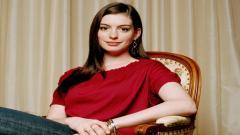 Anne Hathaway 16505