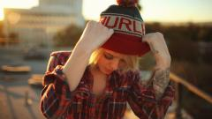 Awesome Girl Hat Wallpaper 43331