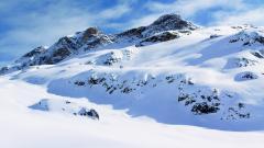 Beautiful Snow Mountain 16542