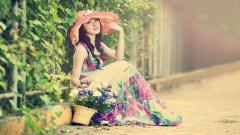 Girl Hat Wallpaper 43332