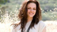 Kristen Stewart Smile Wallpaper 10658
