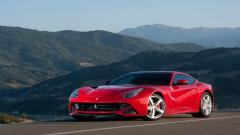 Red Ferrari F12 Wallpaper 44211