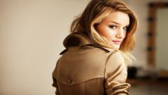 Rosie Huntington Wallpaper 20091