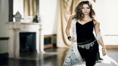 Shakira 9724