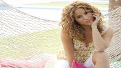 Shakira 9729