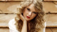 Taylor Swift 19560