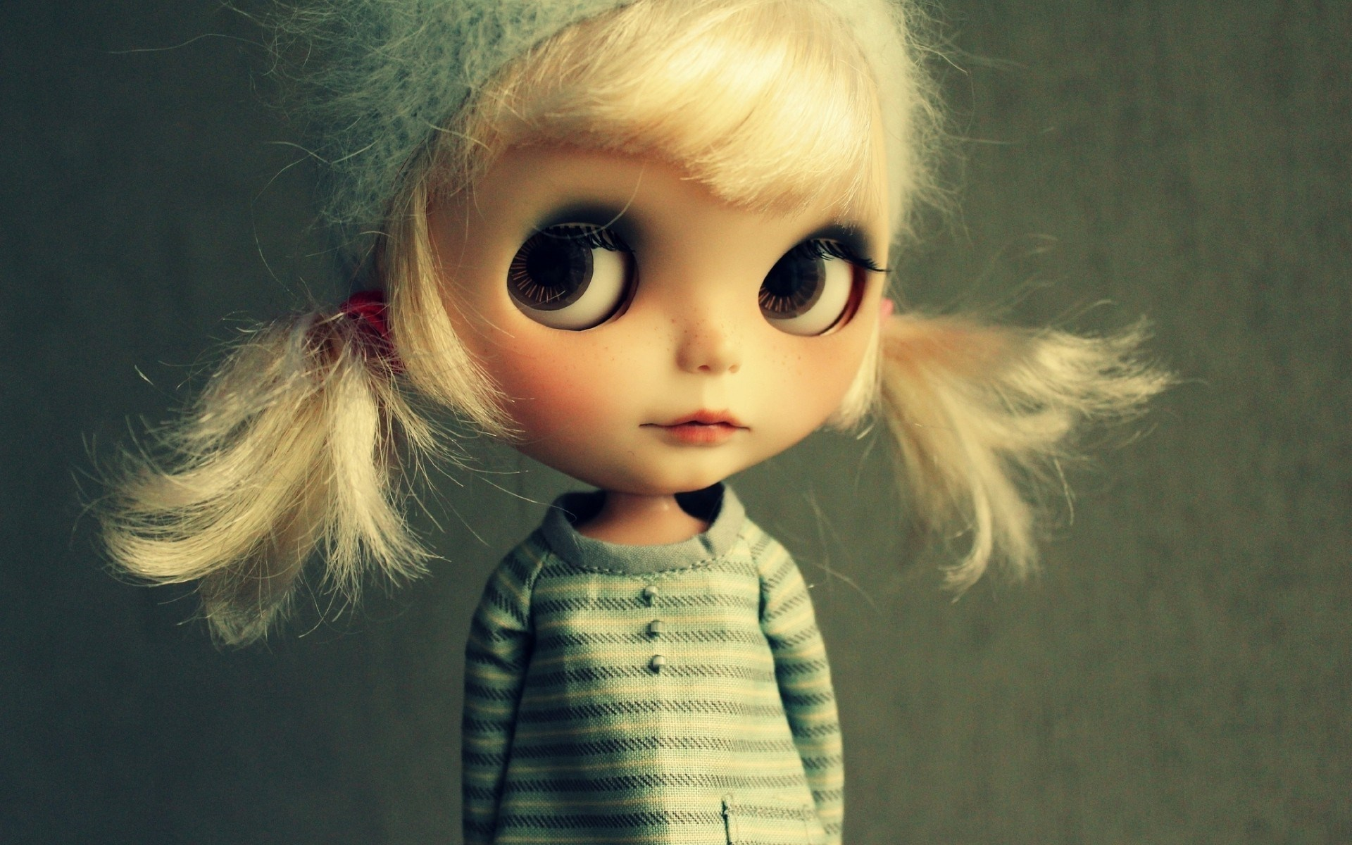 cute toy doll wallpaper 42327