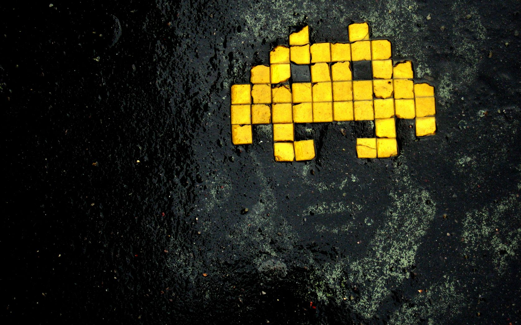 Photo Collection Space Invaders Wallpaper 1680X1050