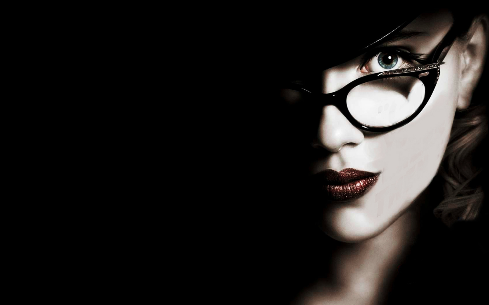 girls with glasses 33605
