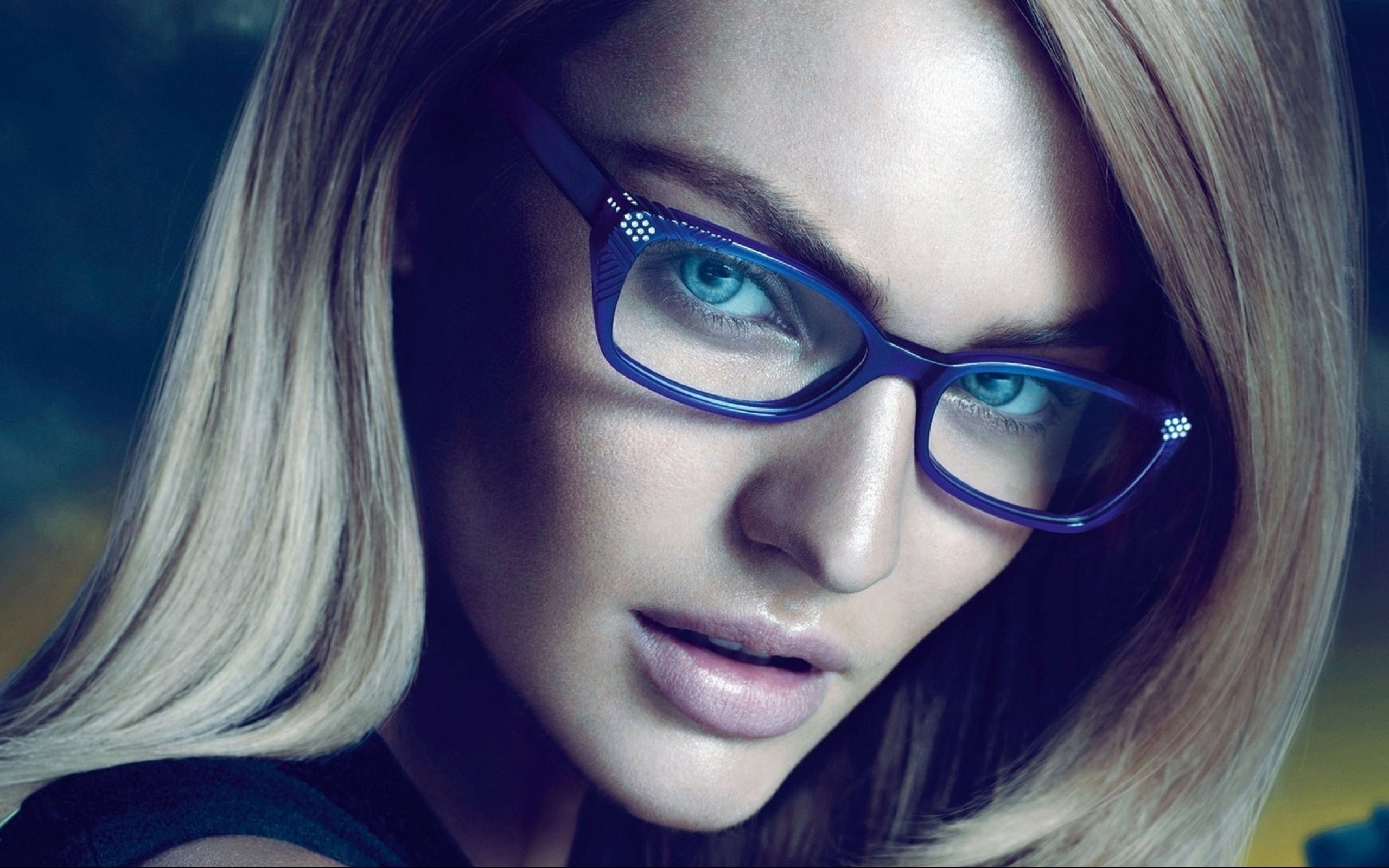 girls with glasses wallpaper 33598