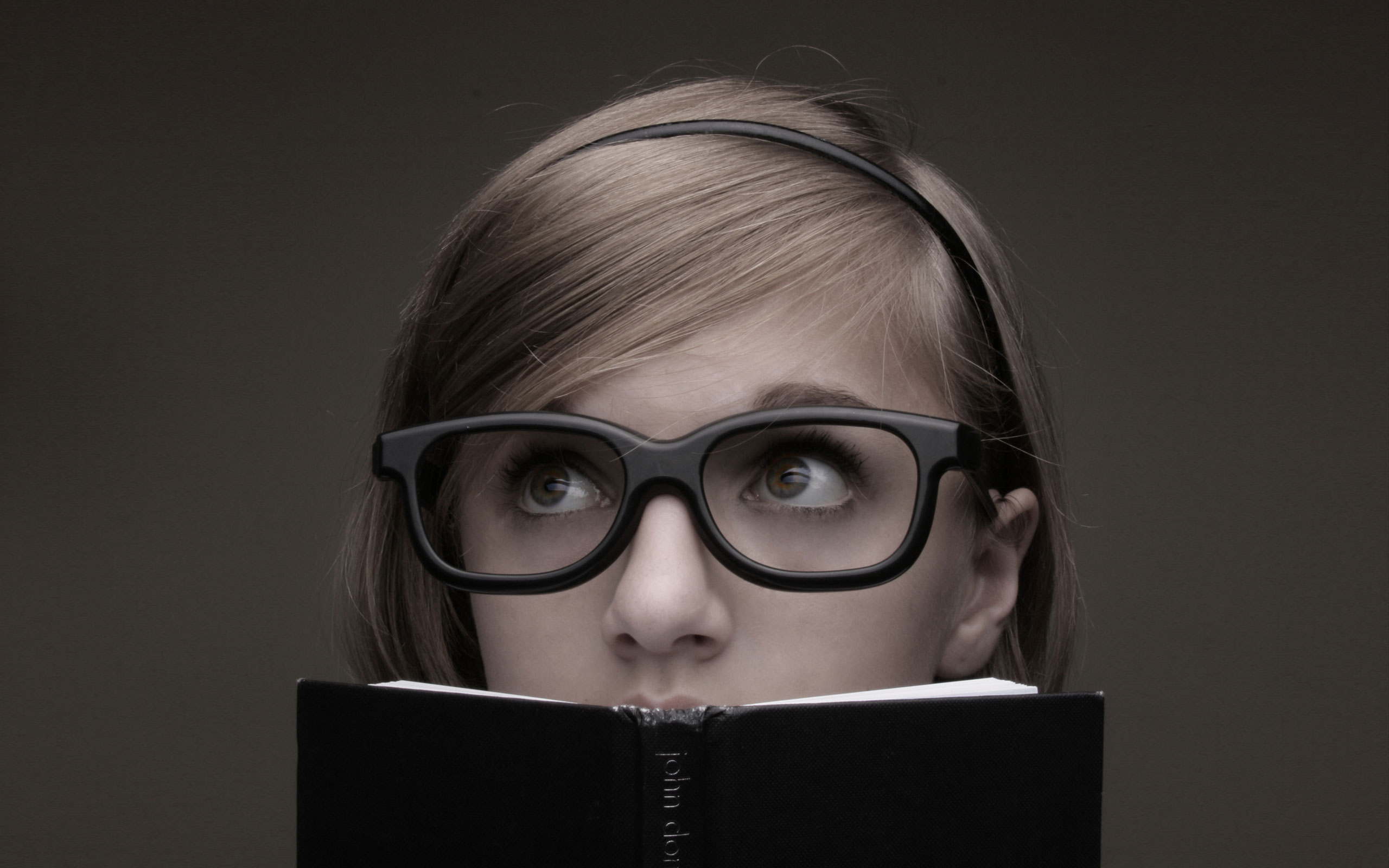 girls with glasses wallpaper 33607