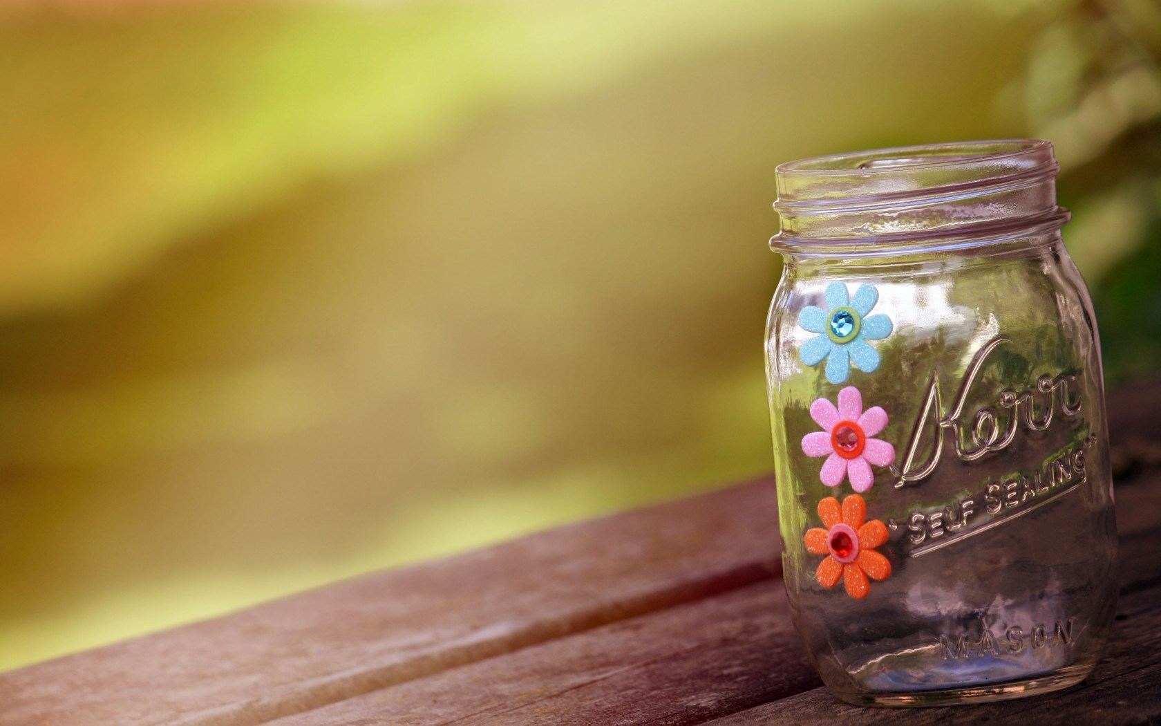 Jar 39470 1680x1050 px ~ HDWallSource.com