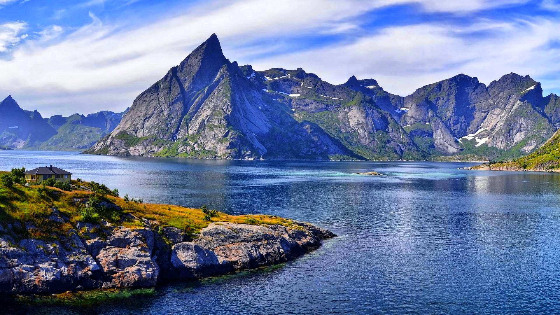 lovely mountain wallpaper 40969