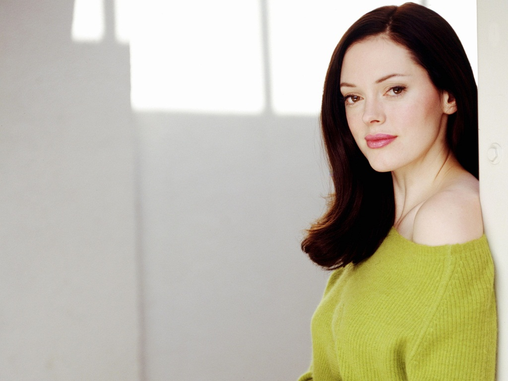 rose mcgowan 25846