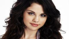Beautiful Selena Gomez Wallpaper 18509