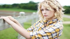 Blonde 32234