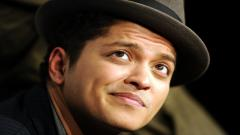 Bruno Mars Hat Wallpaper HD 12121