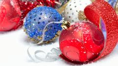 Christmas Balls Wallpaper 44073