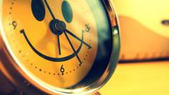 Cute Clock Wallpaper 25443