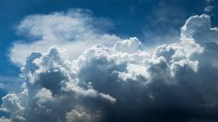 Fluffy Cloud Wallpaper 34273