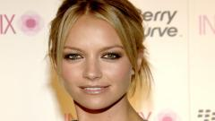 Free Becki Newton Wallpaper 24788