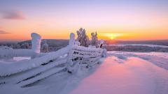 Gorgeous Snow Fence Wallpaper 39469