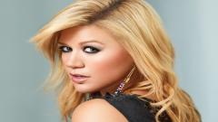 Kelly Clarkson 30854