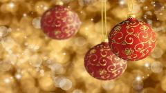 Lovely Christmas Balls Wallpaper 44080
