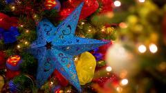 Lovely Christmas Tree Wallpaper 41335