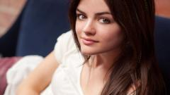 Lucy Hale 8947