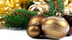 Pretty Gold Christmas Balls Wallpaper 44078