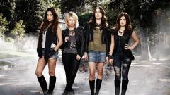 Pretty Little Liars 8931