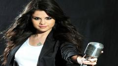 Selena Gomez Wallpaper 18513