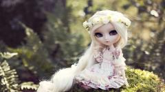 Toy Doll Blonde Hair Wallpaper 42320