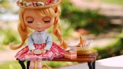 Toy Doll Wallpaper 42319