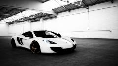 White Car Wallpaper 32714
