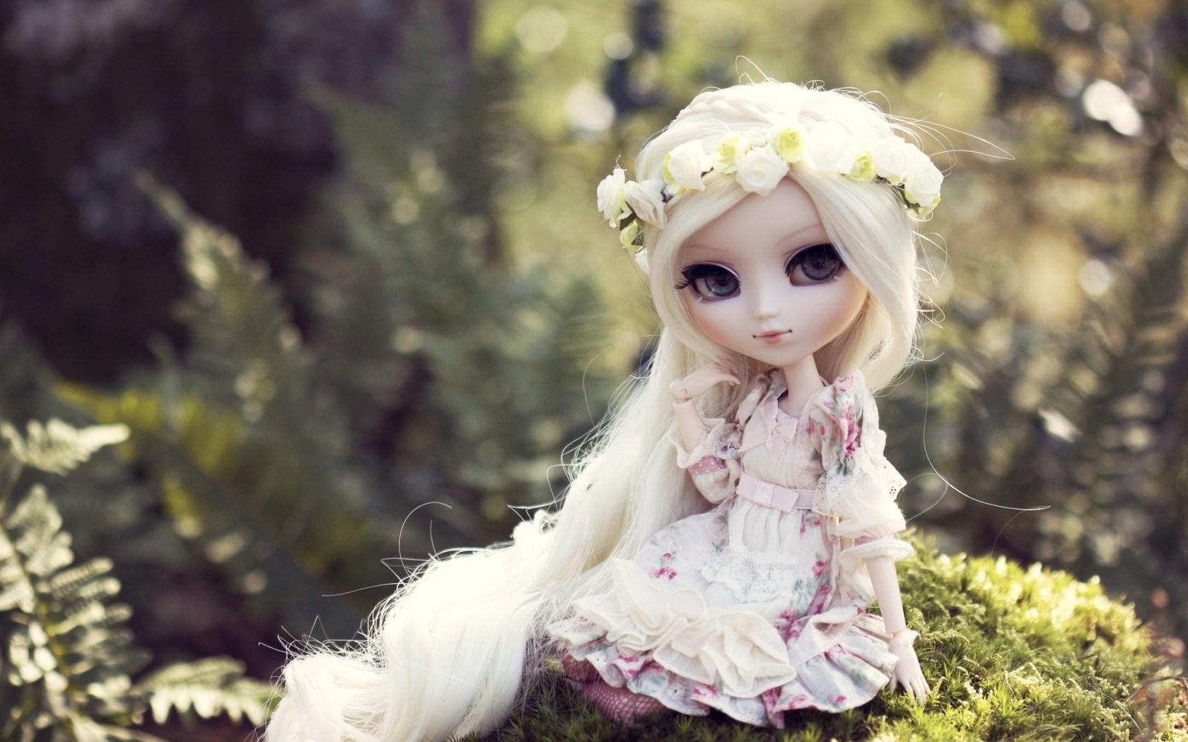 toy doll blonde hair wallpaper 42320