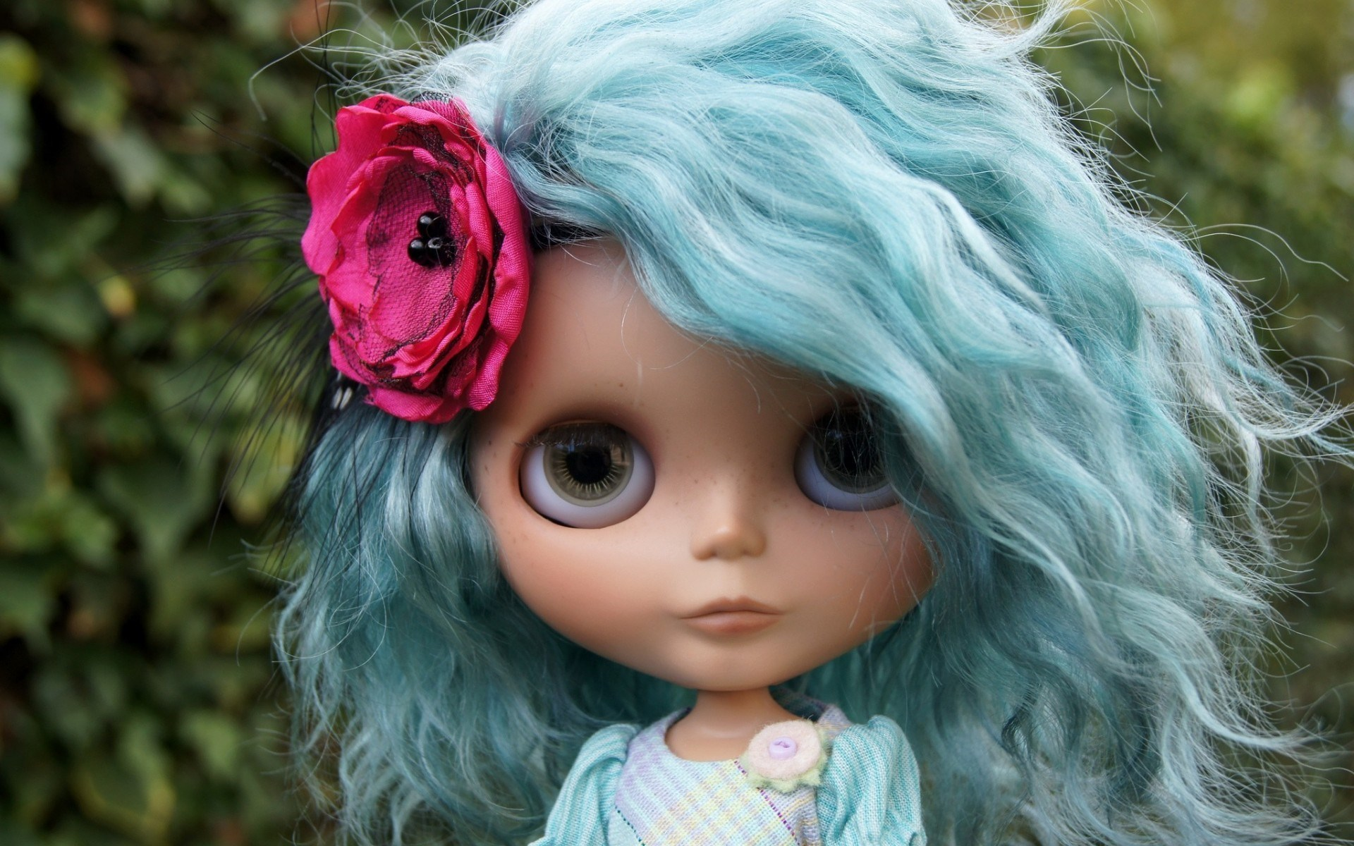toy doll blue hair wallpaper 42325