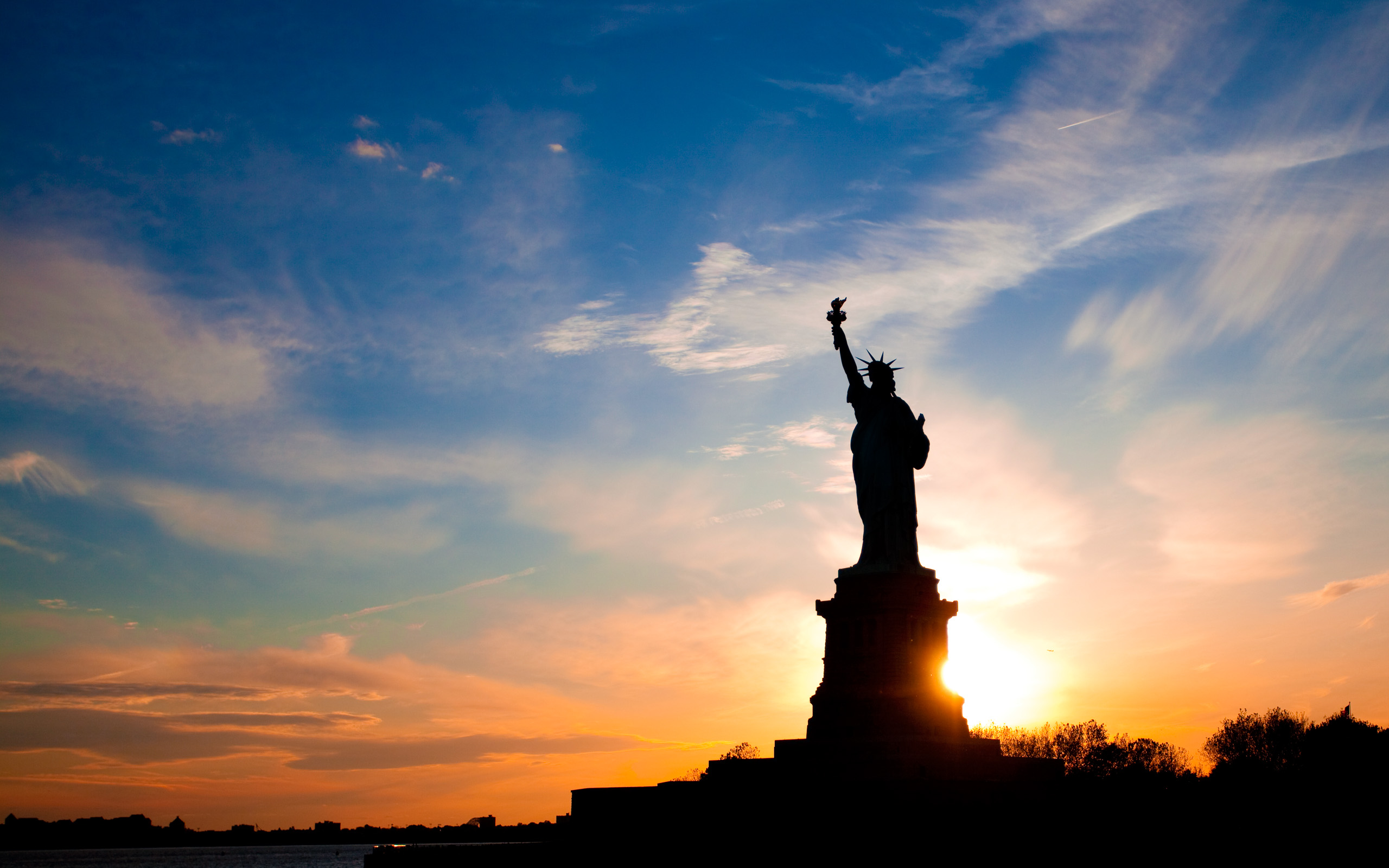 amazing statue of liberty wallpaper 38294