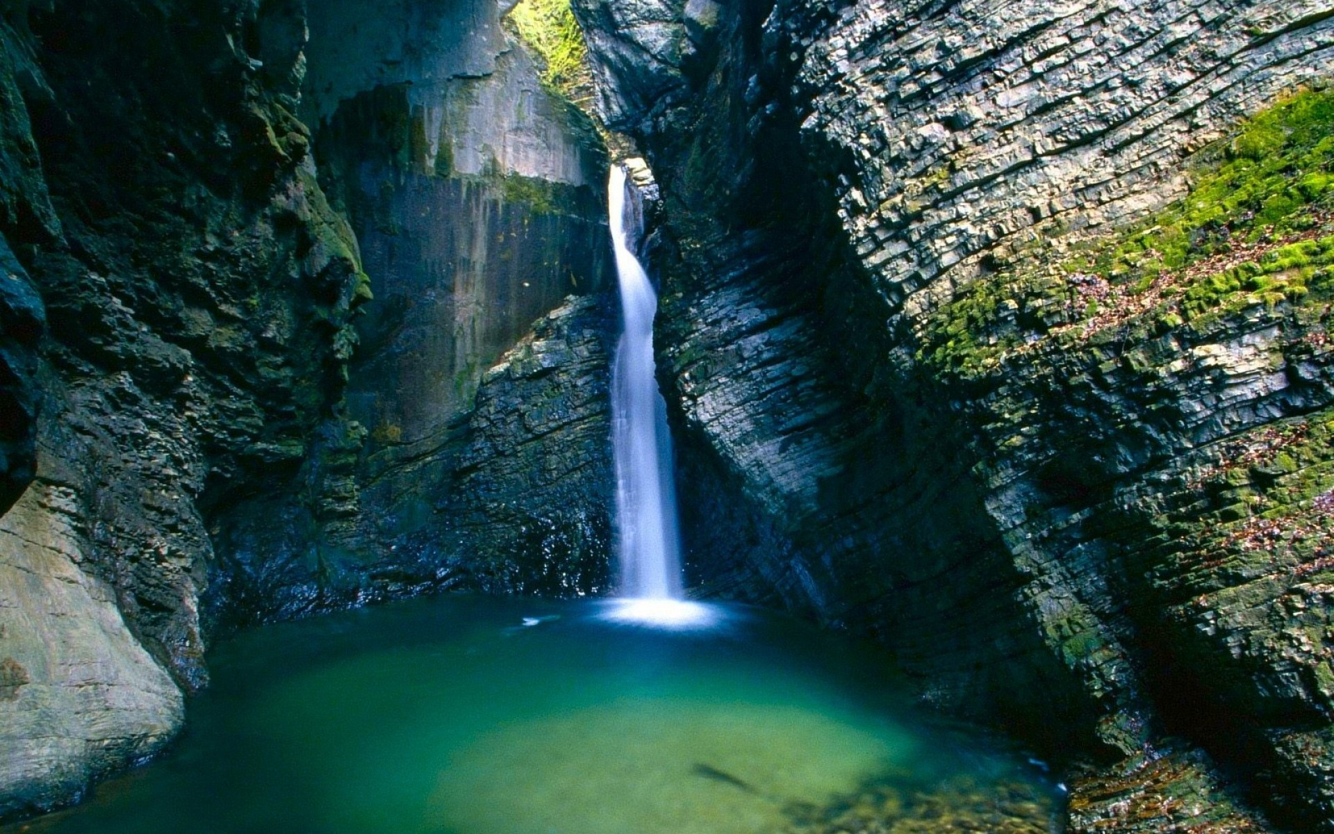 Beautiful Waterfall Wallpaper 19634 1920x1200 px HDWallSourcecom