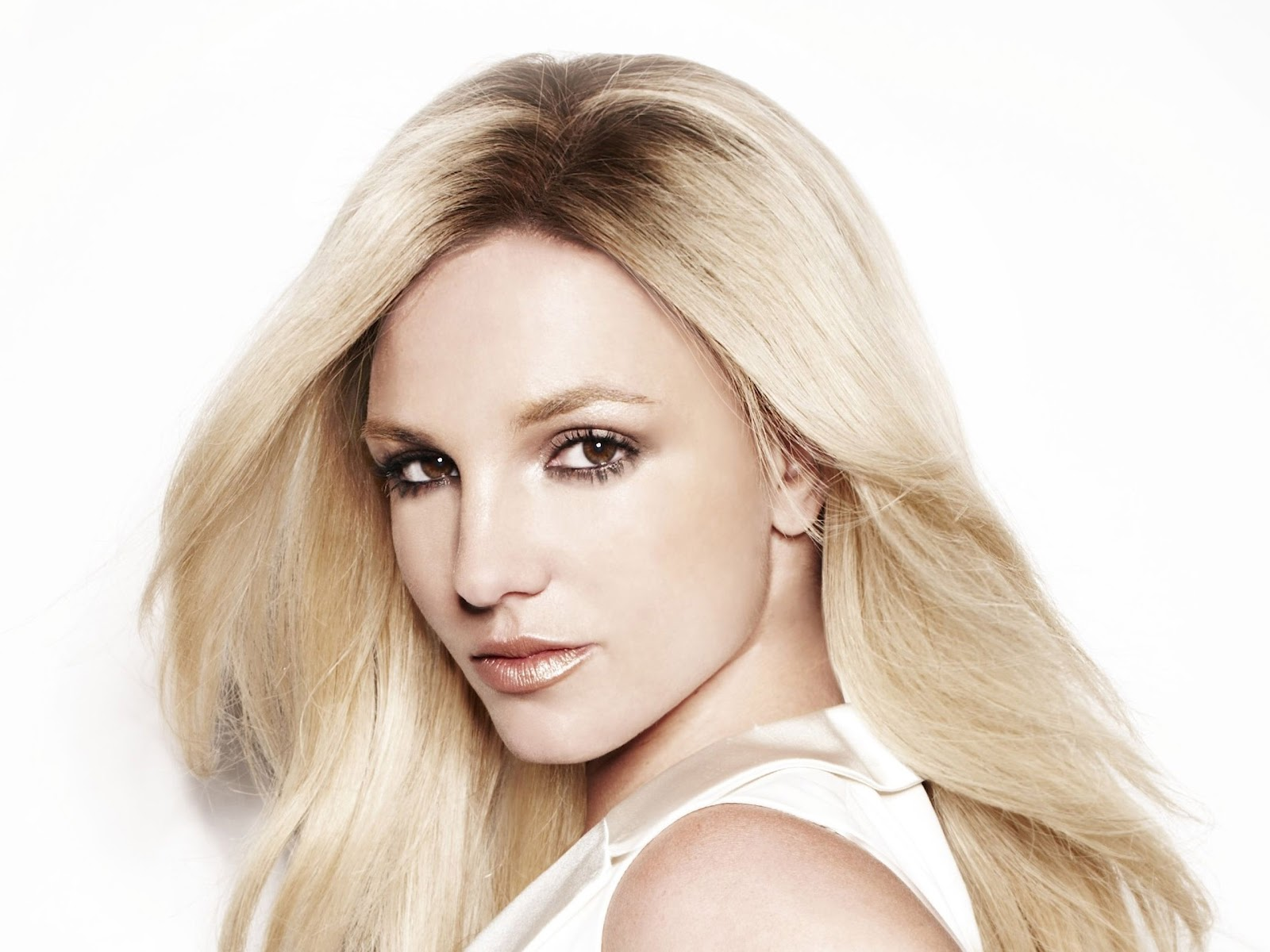 gorgeous britney spears 40222