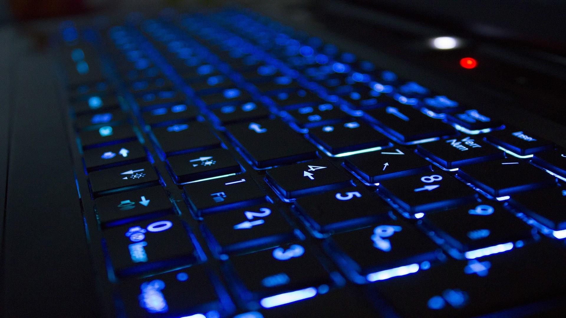 high tech keyboard 30880