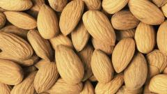 Almonds Wallpaper 38819
