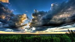 Amazing Cloudy Sky Wallpaper 33817