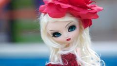 Beautiful Toy Doll Wallpaper 42434