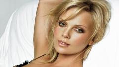 Charlize Theron 12477