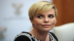 Charlize Theron 12493