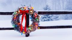 Christmas Wreath Wallpaper 39073